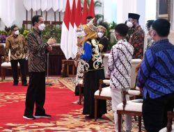 Presiden Jokowi: Tidak Ada Kata Berhenti untuk Belajar