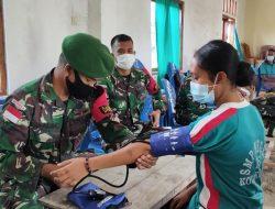 Tim Kesehatan Satgas Pamtas Sektor Timur Ambil Bagian Dalam Penanganan Kesehatan Para Pengungsi
