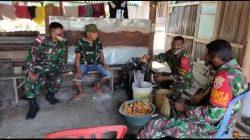 Inspiratif, Pos Satgas Pamtas RI-RDTL Yonif 742/SWY Ajarkan Warga Perbatasan Mesin Perontok Jagung