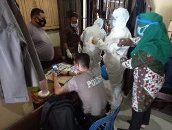 Cegah COVID-19, Tahanan Polres Sergai di Tes Swab PCR