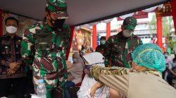 Danrem 061/Sk Terus Dukung Percepatan Vaksinasi COVID-19 Cek Vaksinasi Vihara Danagun.